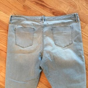 Mossimo Supply Co. Jeans - Mossimo mid rise distressed denim legging crop 18